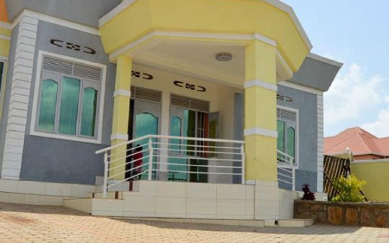 A New Well Designed 4 Bedroom House